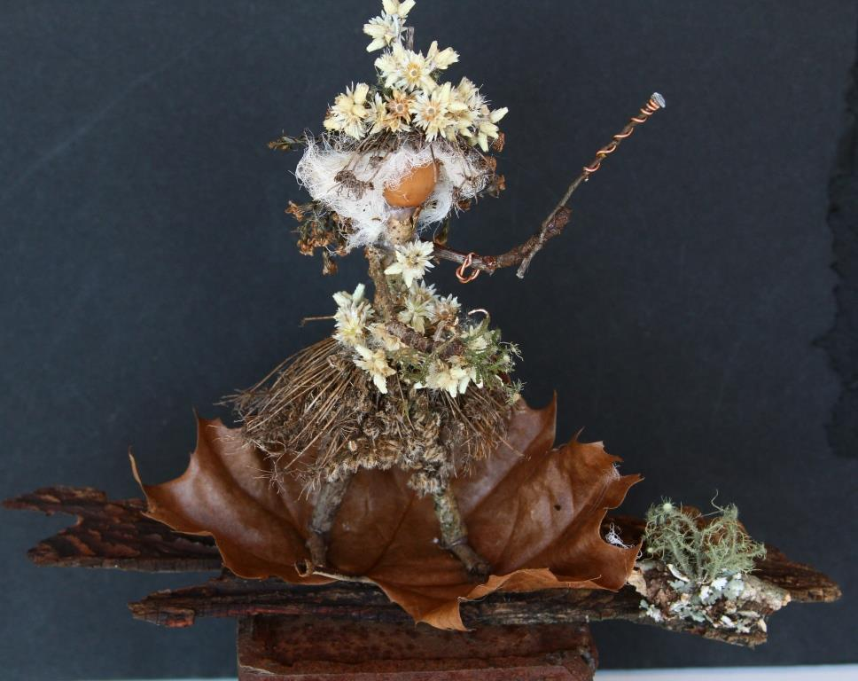 The Acorn Folk Sorceress is the latest of the acorn people I've made.